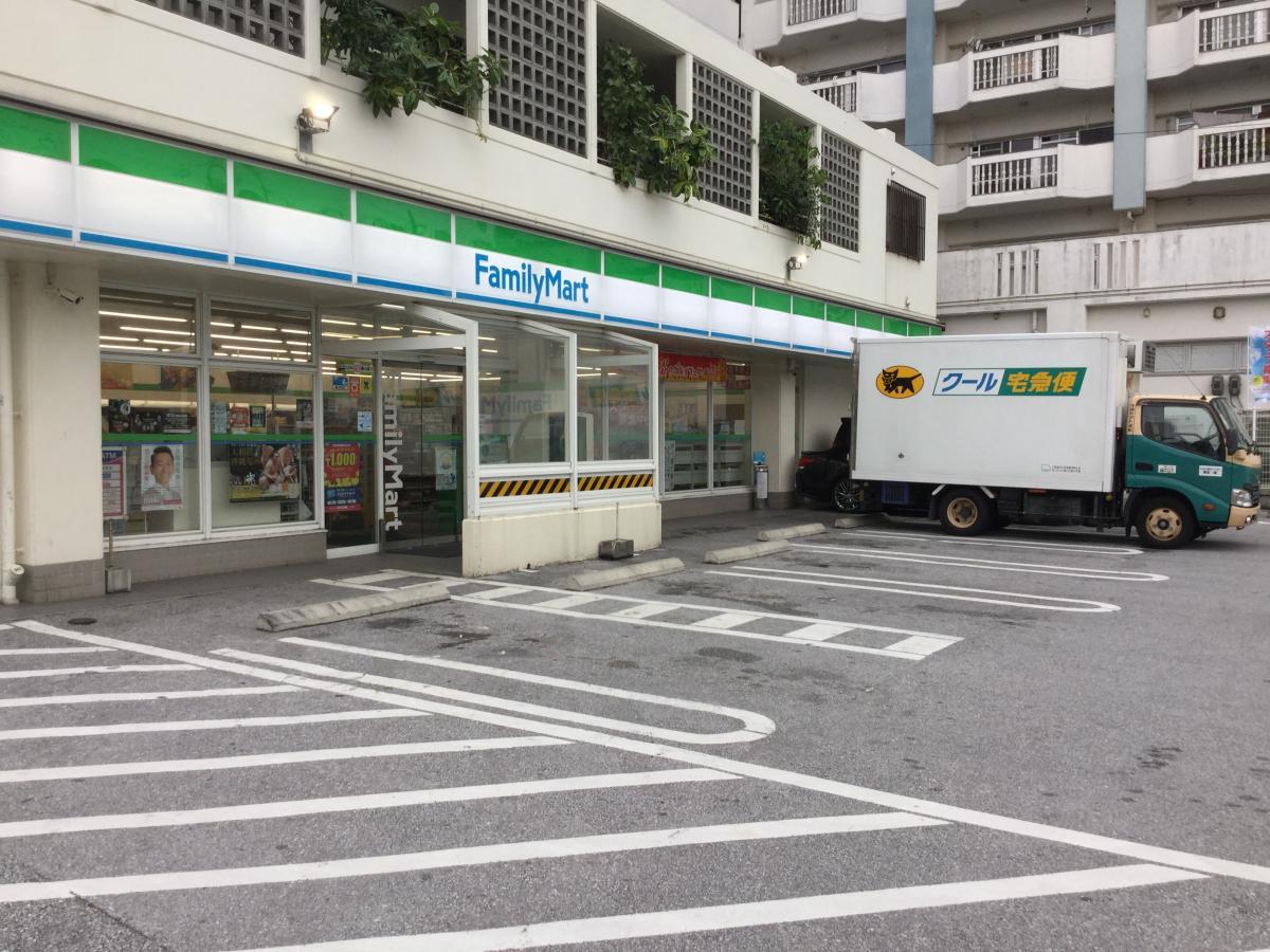 ファミリーマート 鏡原中学校前店_施設外観