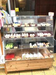 柳屋・おもちcafe&バル_施設外観