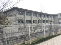 王寺南小学校