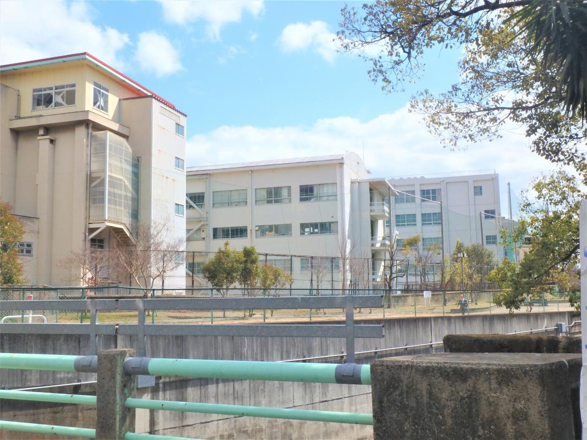 神戸村野工業高校_施設外観