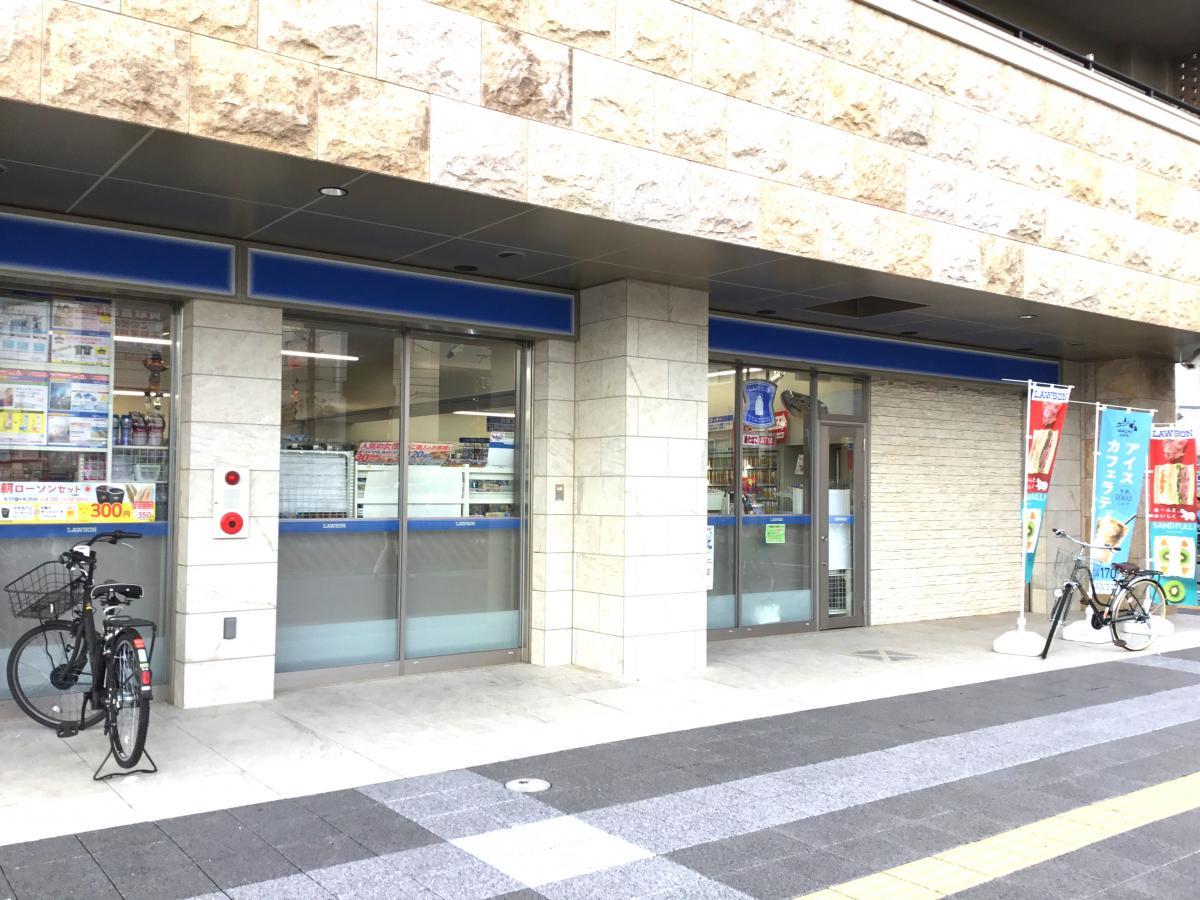 ローソン 阪急桜井駅前店_施設外観