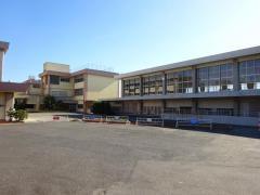 双峰小学校