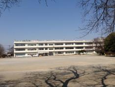 平方小学校