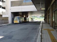 「地下鉄旭ケ丘駅」バス停留所
