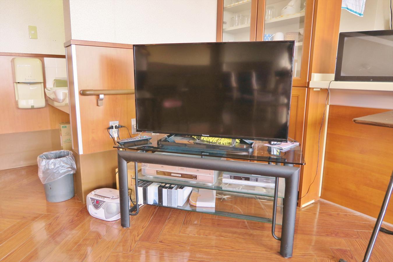 食堂テレビ