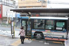「京成小岩駅入口」バス停留所