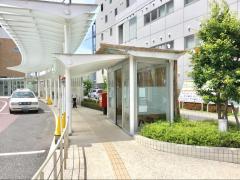 「相澤病院」バス停留所