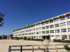 三郷小学校