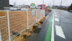 「日本絹の里」バス停留所