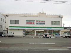 ファミリーマート 新潟近江三丁目店_施設外観