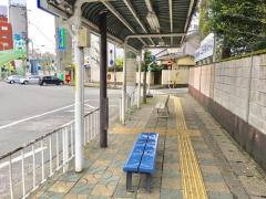 「津駅西口」バス停留所
