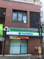 ファミリーマート 練馬石神井三丁目店_施設外観