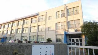 高雄小学校