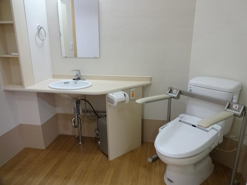トイレ、洗面1
