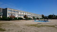 連尺小学校