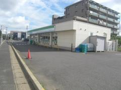 ファミリーマート四街道小学校前店_施設外観