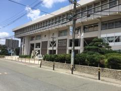 寝屋川市立市民会館