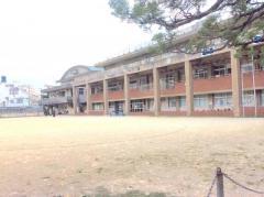 壷屋小学校